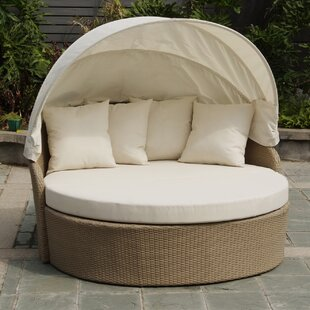 Blueczy Leisure Daybed with Cushions