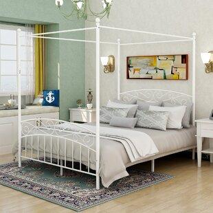 Casetta Canopy Bed