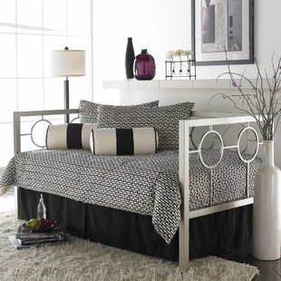 Everly Quinn Lefferts Metal Daybed