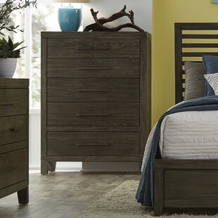 Vickrey 6 Drawer Chest