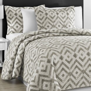 Saugus 3 Piece Reversible Coverlet Set