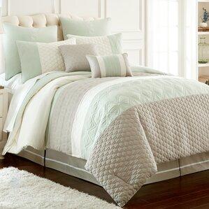 Skelley Comforter Set