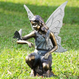 Superbe Fairy And Butterfly Grace Garden Statue