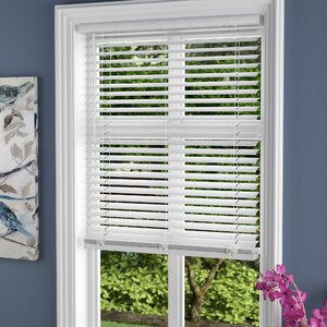 Cordless Vinyl Pickled Oak Horizontal/Venetian Blind