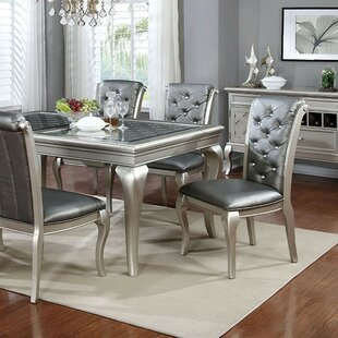 Keyon Extendable Dining Table