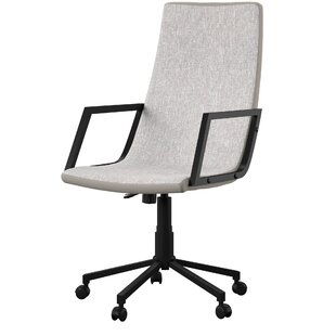 Trianguli Conference Chair