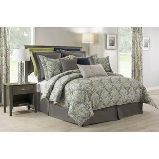 Manseau Comforter Set