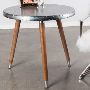 Statements by J Bistrot Dining Table