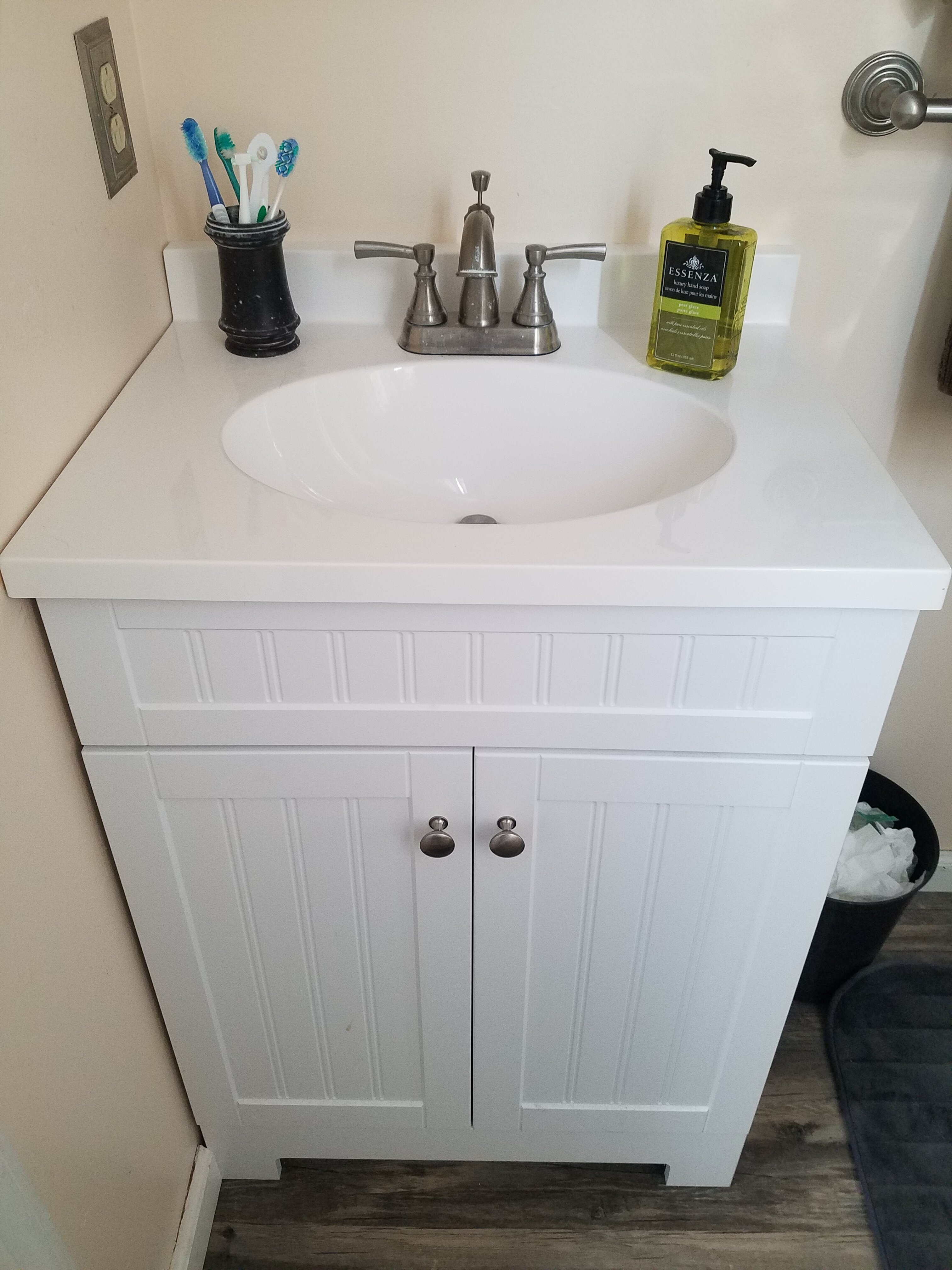 Mom of the Year bathroom makeover