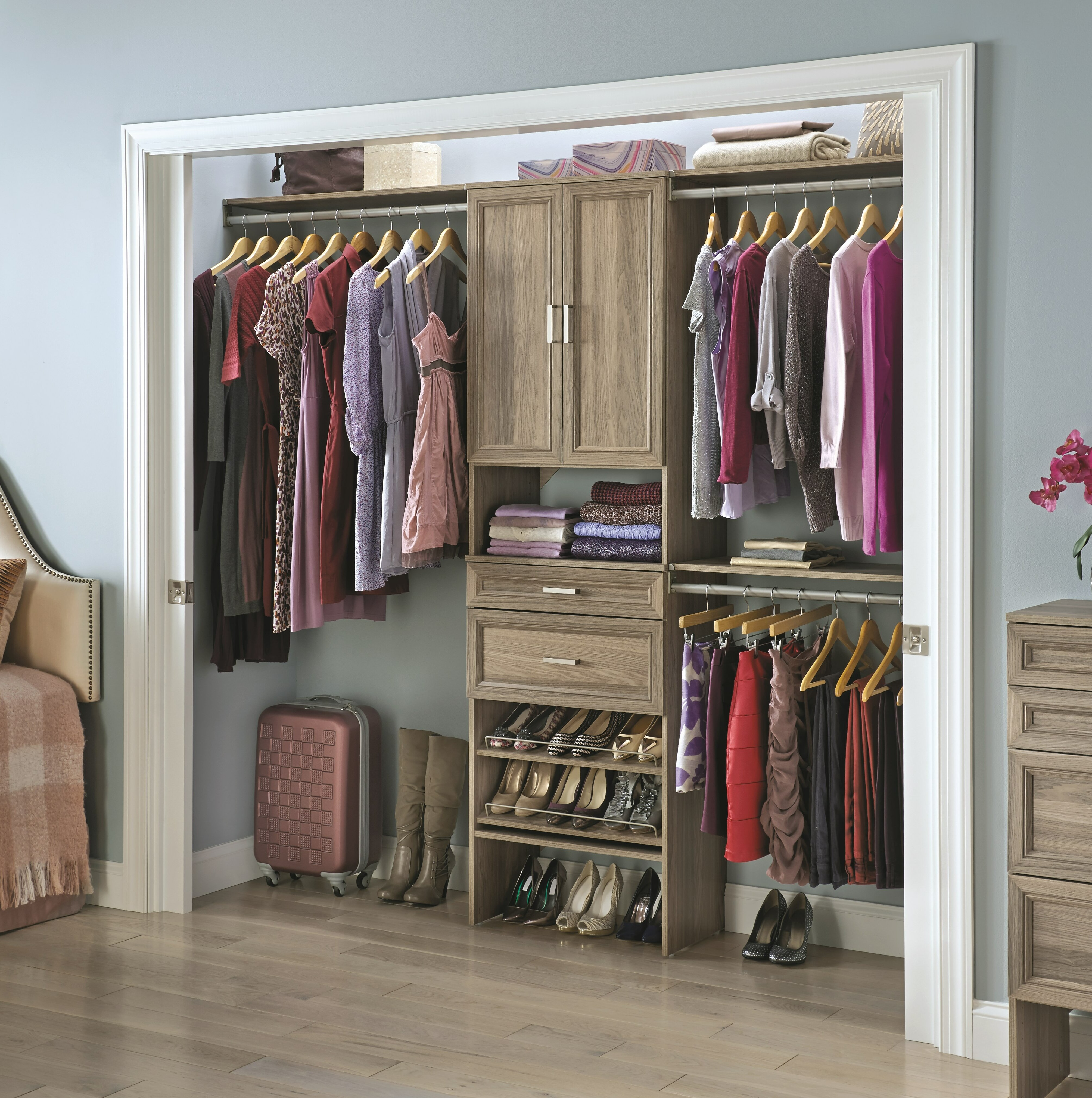 Suitesymphony 84 W 120 W Closet System