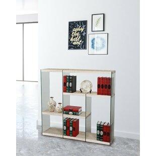 Review Charleena Bookcase