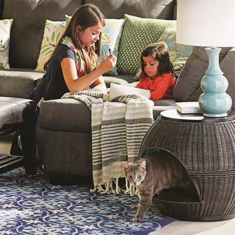 Lulu Deluxe Wicker End Table Cat Bed