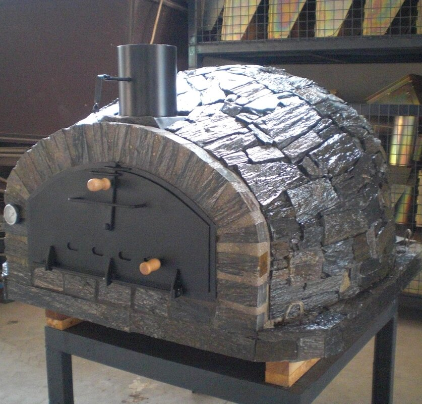 Stone Domed Pizza Oven