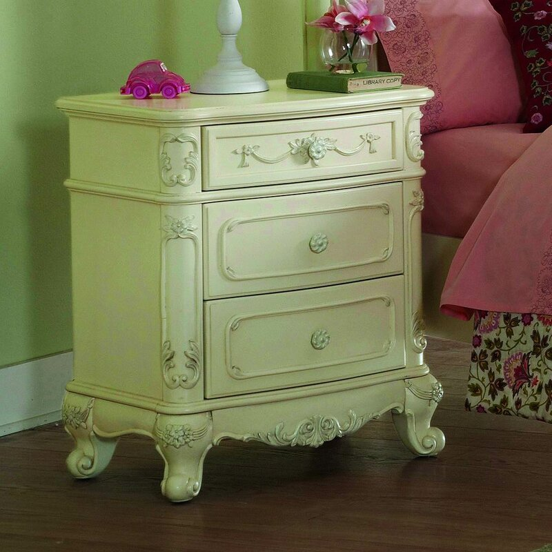 Rohrbaugh 3 Drawer Nightstand