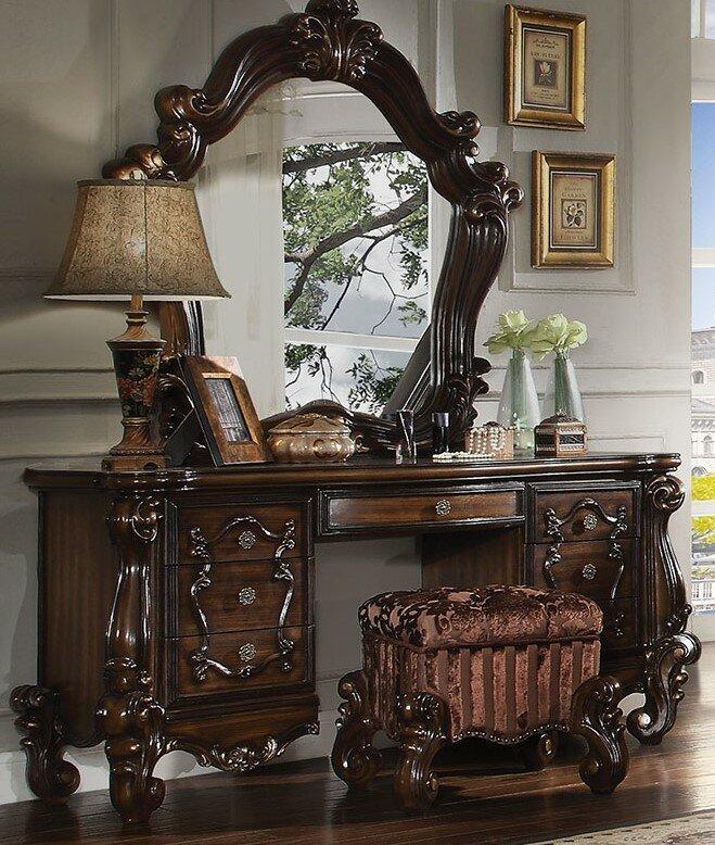Royal Vanity Desk