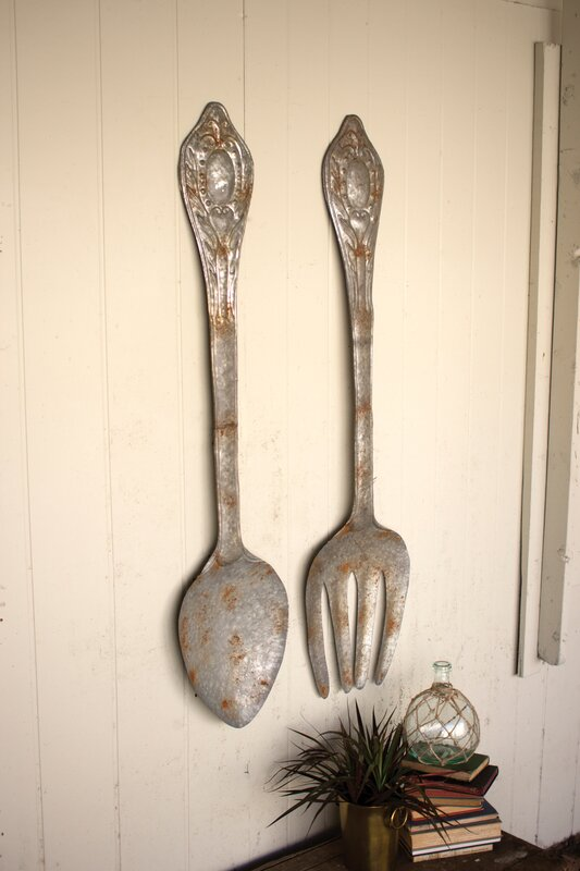 2 Piece Metal Fork and Spoon Wall Décor Set
