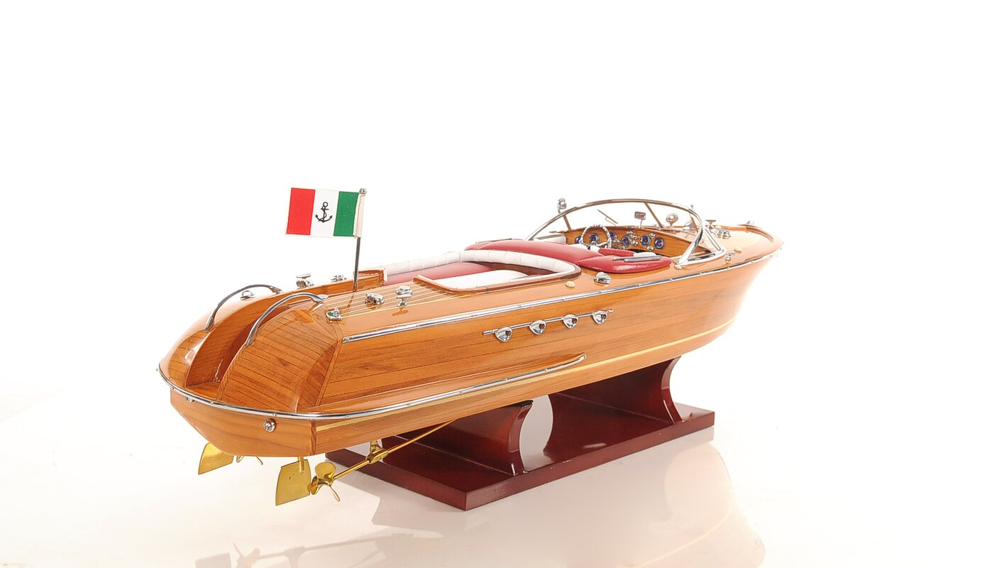 Riva Aquarama Medium Model Boat