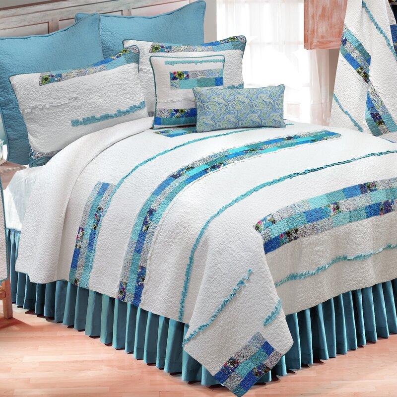 Angeline Stripe Quilt