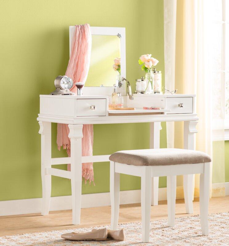 Leister Vanity Set with Mirror