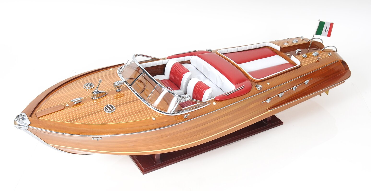 Riva Aquarama Exclusive Edition Model Boat