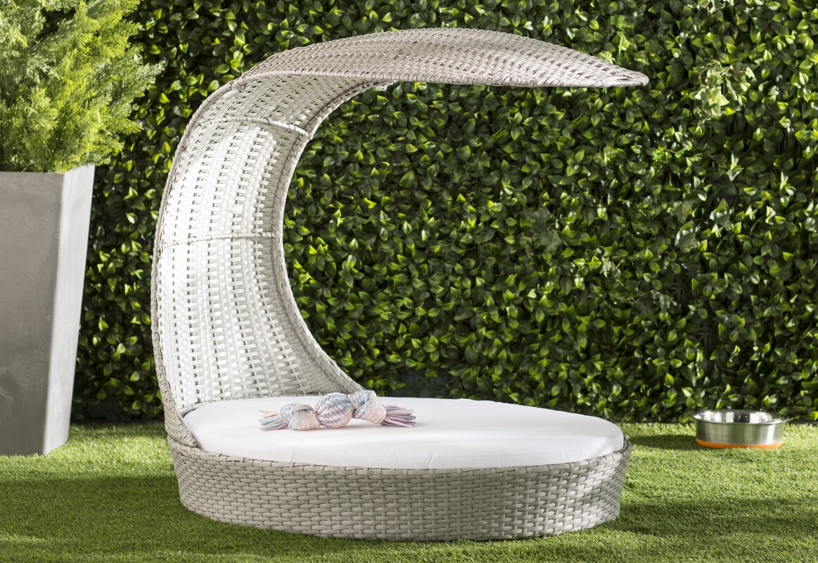 Clara Outdoor Hooded Dog Chaise Lounge