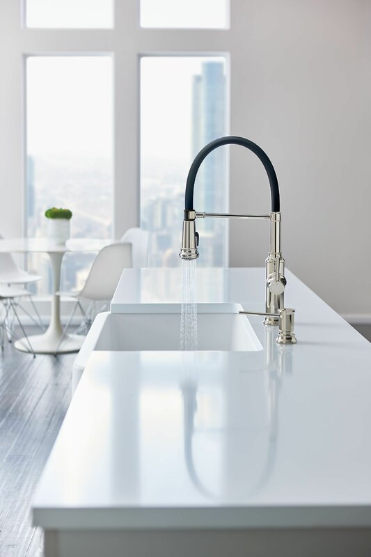 Empressa Single Handle Kitchen Faucet