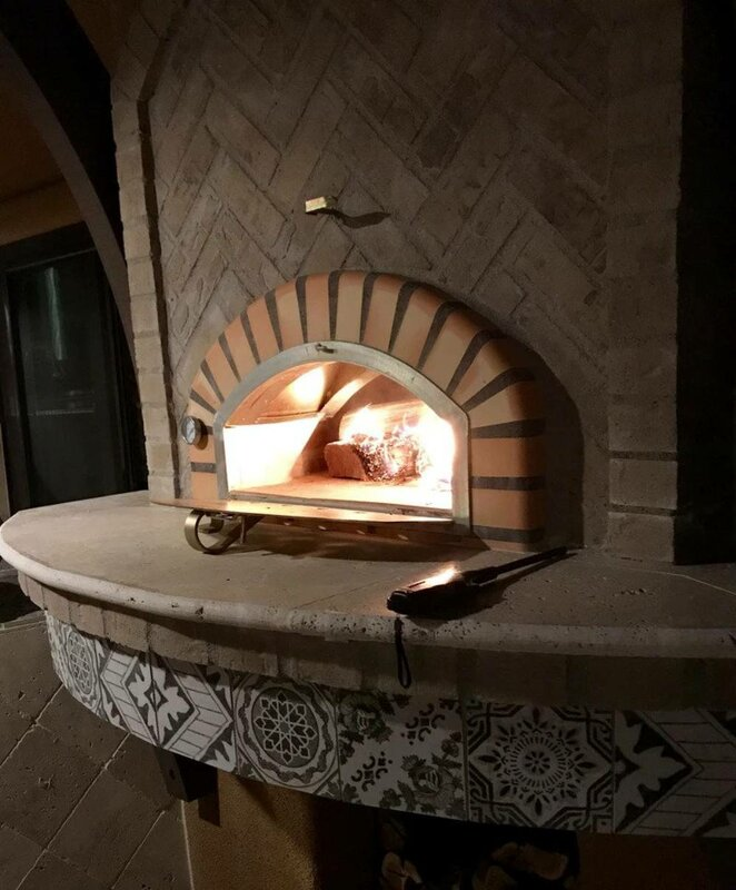 Traditional Brick Pizzaioli Wood Fire Pizza Oven