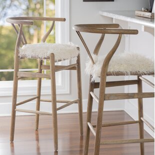 Banda 30 Wishbone Bar Stool