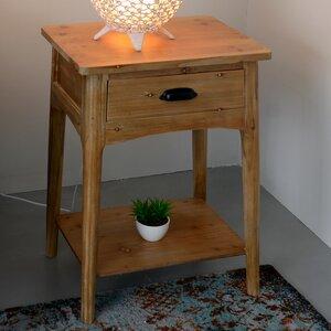 Nachttisch von ChâteauChic
