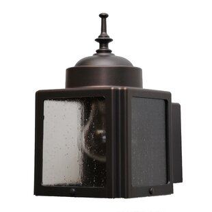 Charlton Home Flannigan 1-Light Outdoor Flush Mount