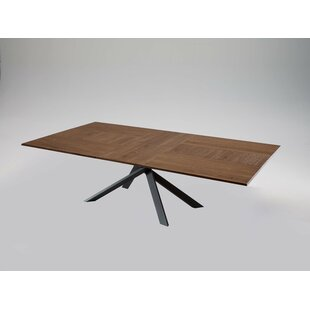 Quadron Extendable Dining Table by YumanMod