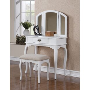 Charlton Home Holzer Wooden Vanity Set