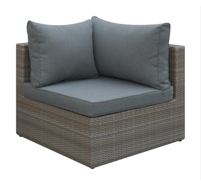 Superbe Basswood Outdoor Corner Chair With Cushion