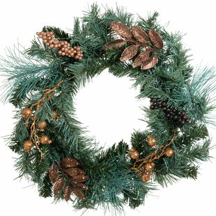 Christmas 45cm Christmas Wreath By The Seasonal Aisle
