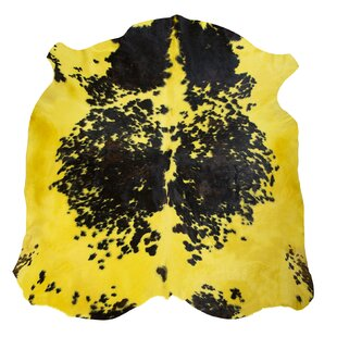 Normand Cowhide Dyed Yellow Rug by Pieles Pipsa