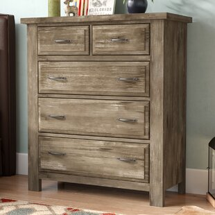 Fairfield 5 Drawer Chest by Simmons Casegoods