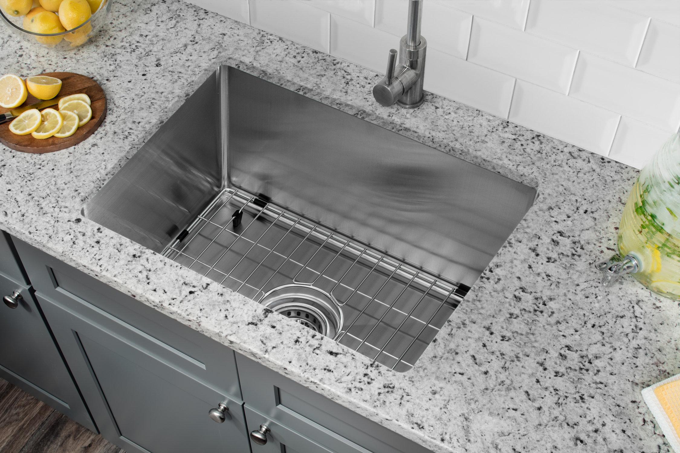Radius 20 L X 15 W Undermount Kitchen Sink