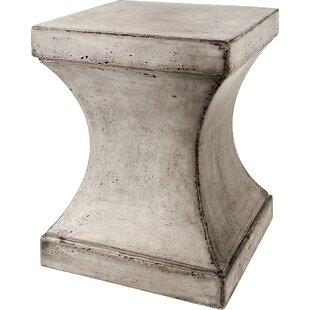 Svelte Side Table