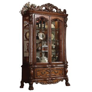 Welliver China Cabinet