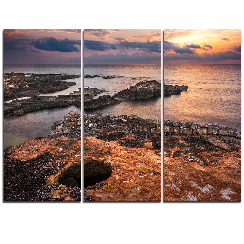 Designart Ancient Ruins On Beach Sunset 3 Piece Graphic Art On Wrapped Canvas Set Wayfair