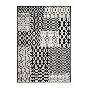 Derrickson Flatweave Grey/Black Indoor/Outdoor Rug By World Menagerie