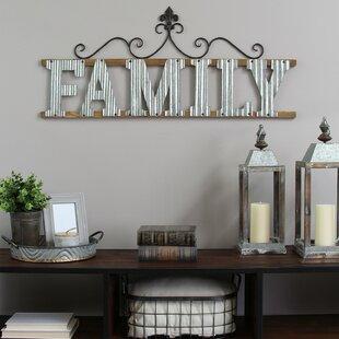 Family Sign Wall Décor