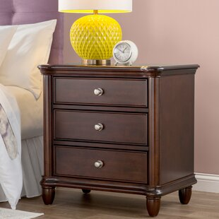 Fromberg 3 Drawer Bachelor's Chest by Three Posts