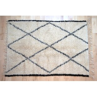 Bargain One-Of-A-Kind Moroccan Beni Ouarain Hand-Woven 4'10 x 6'10 Wool Off White Area Rug By Isabelline
