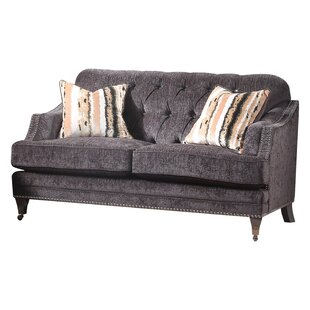 Richlands Loveseat