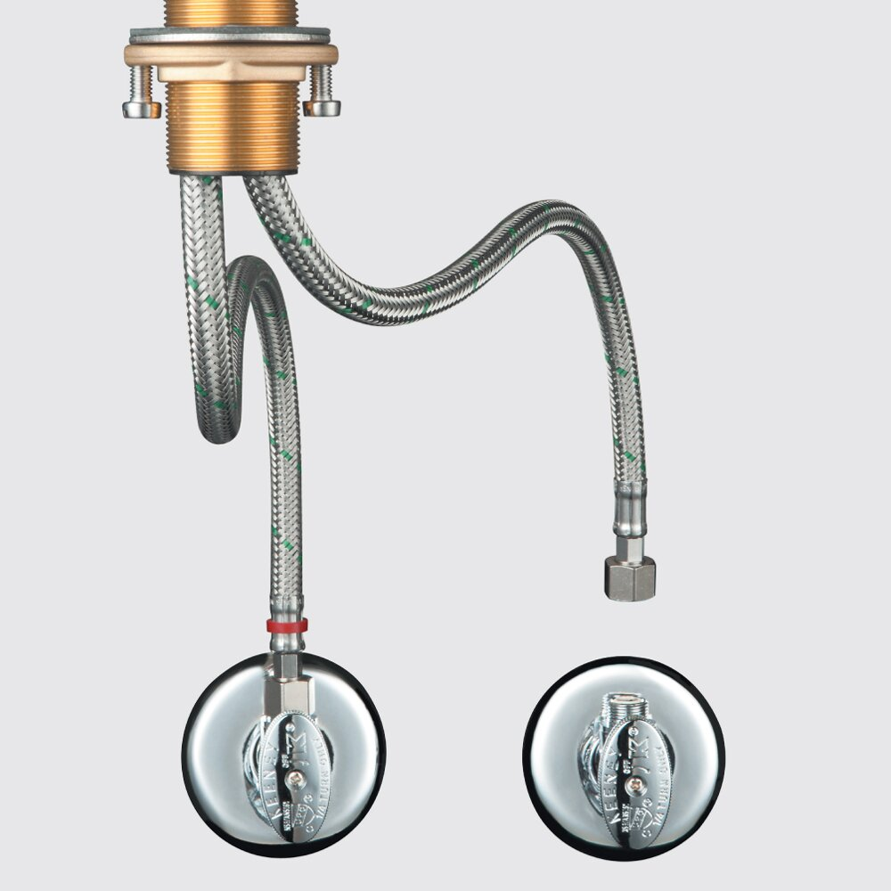 One Hole Kitchen Faucet With Pull Down Sprayer