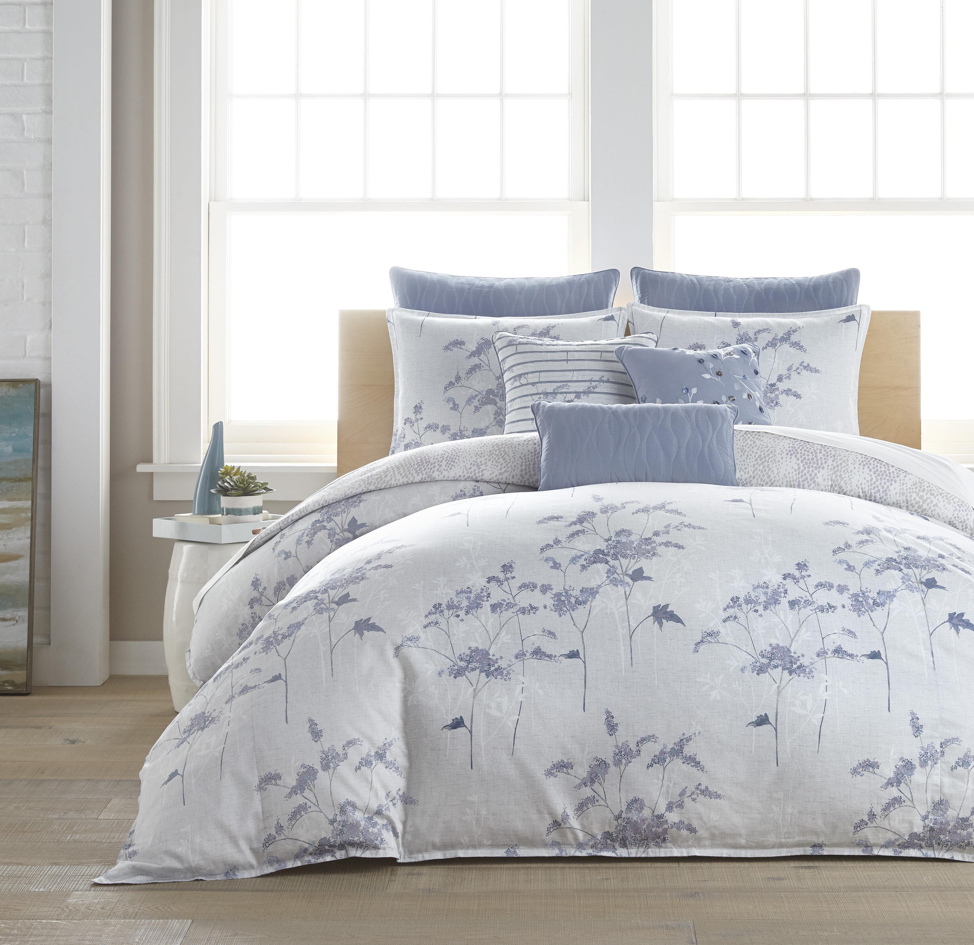 Croscill Anabella Queen 3pc Comforter