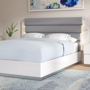 Wade Logan Langridge Upholstered Platform Bed