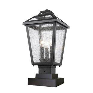 Esai 3-Light Pier Mount Light