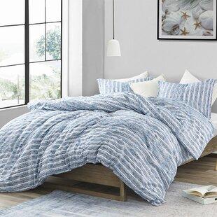Daye Aura Comforter Set by Highland Dunes